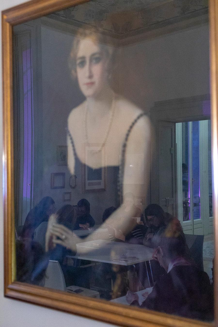 Villa Bernasconi, Cernobbio, Alle Bonicalzi, Women in White Society